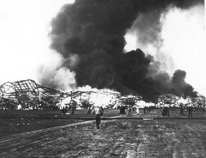 hindenburg_burning_on_ground